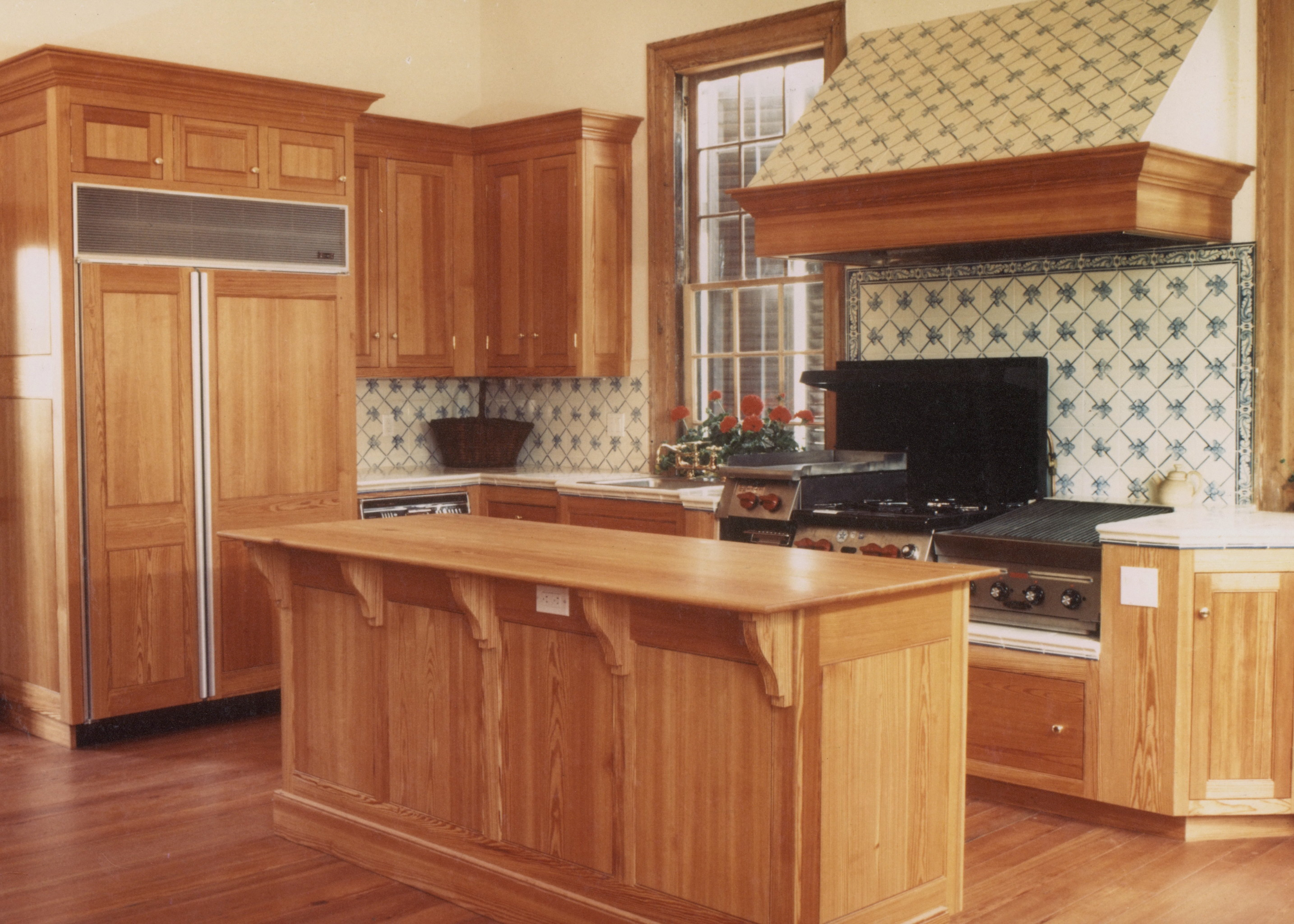 cabinetry, handcrafted with a focus on design and ambience, custom millwork and handcrafted interiors, stained hardwood